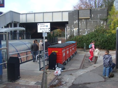 The-path-to-Elstree-Borehamwood.jpg
